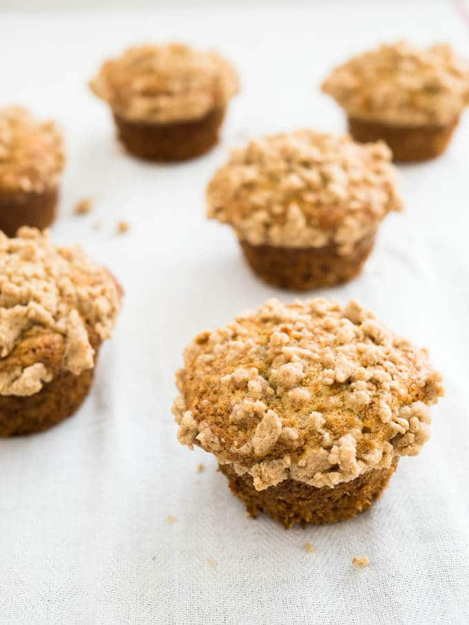 Bakery-style Banana Streusel Muffins