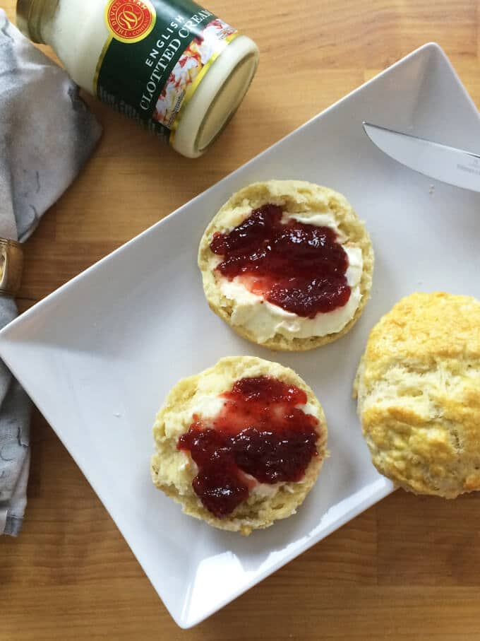 Super Easy British Afternoon-Tea Scones