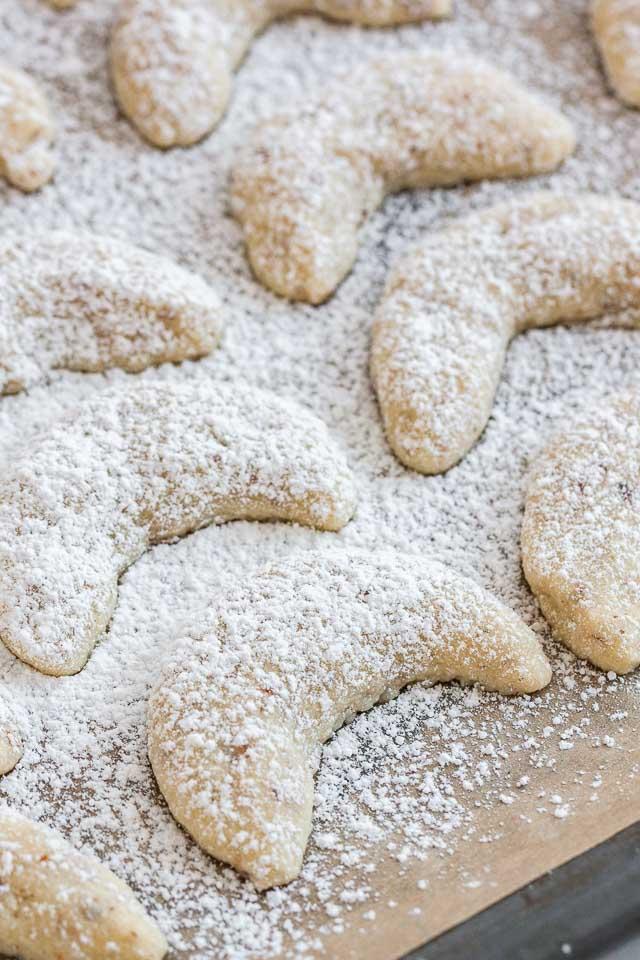 Vanillekipferl German Vanilla Crescent Cookies