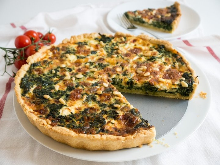 Easy Spinach Quiche With Cheese And Pine Nuts