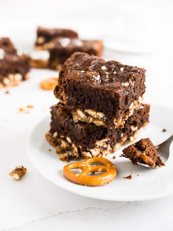 Salted Caramel Pretzel Brownies have a crunchy pretzel crust and are made with Nutella! These are not your ordinary brownies, they are chewy, salty, sweet, chocolatey, and crunchy!