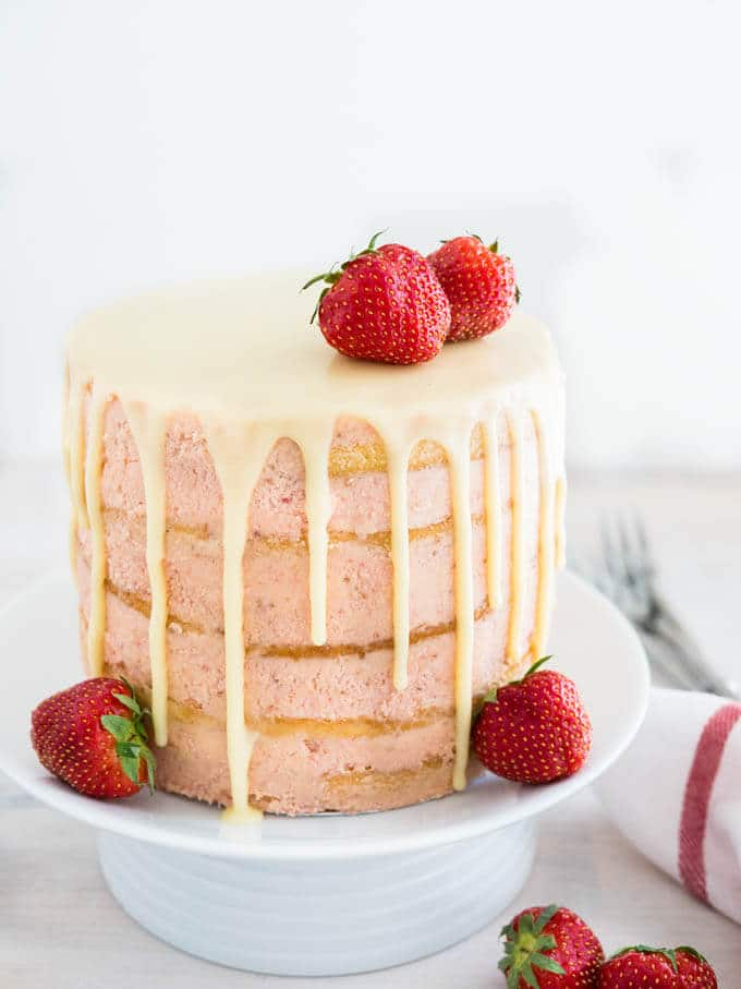 Strawberry meringue layer cake recipe