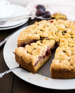 Plum Cake with Streusel