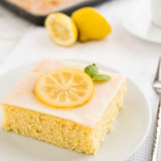 Easy Lemon Sheet Cake Recipe