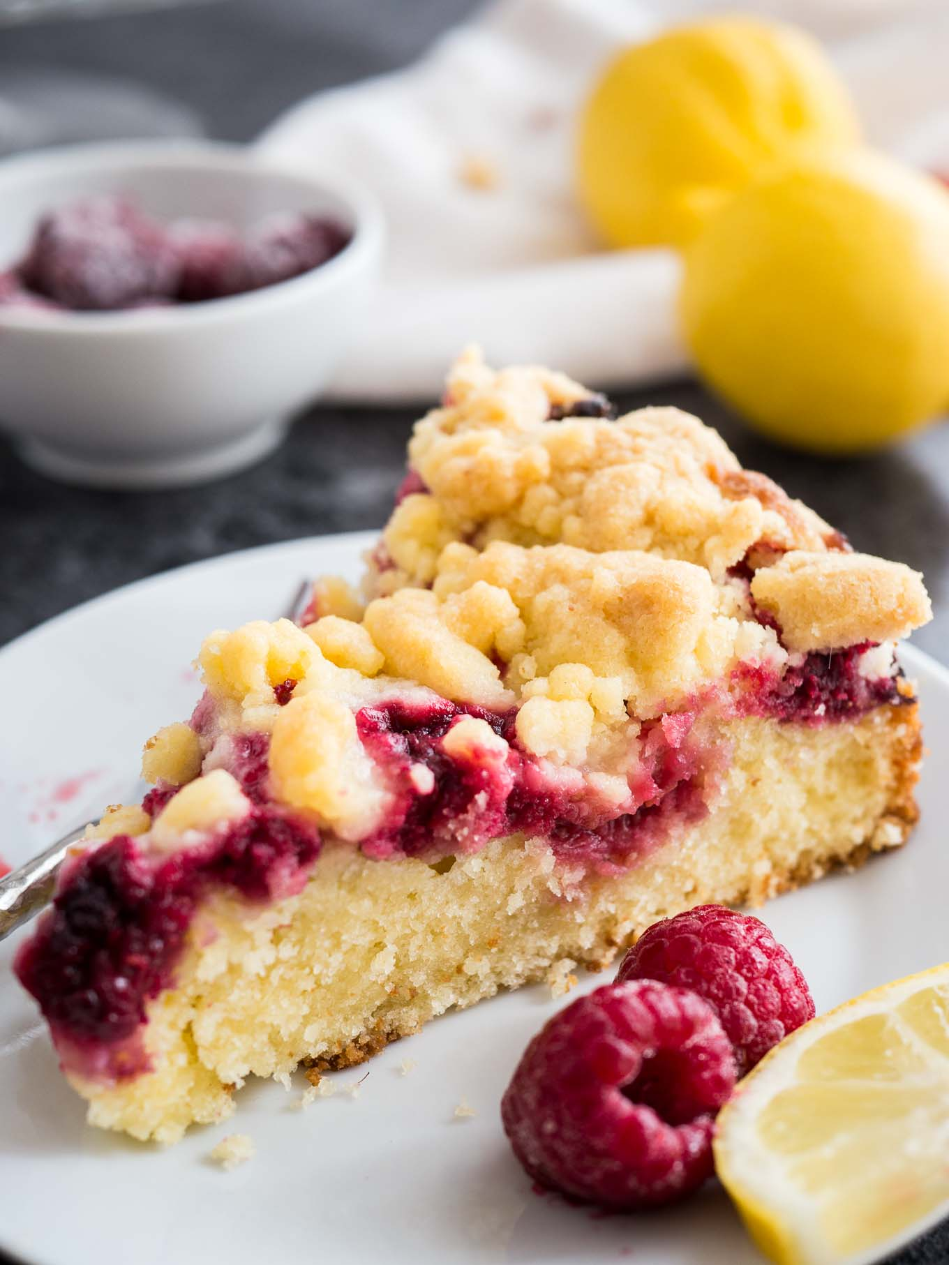 lemon raspberry cake easy lemon raspberry cake with crumb topping plated cravings 5488