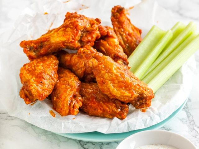 Air Fryer Fried Chicken Wings with Buffalo Sauce