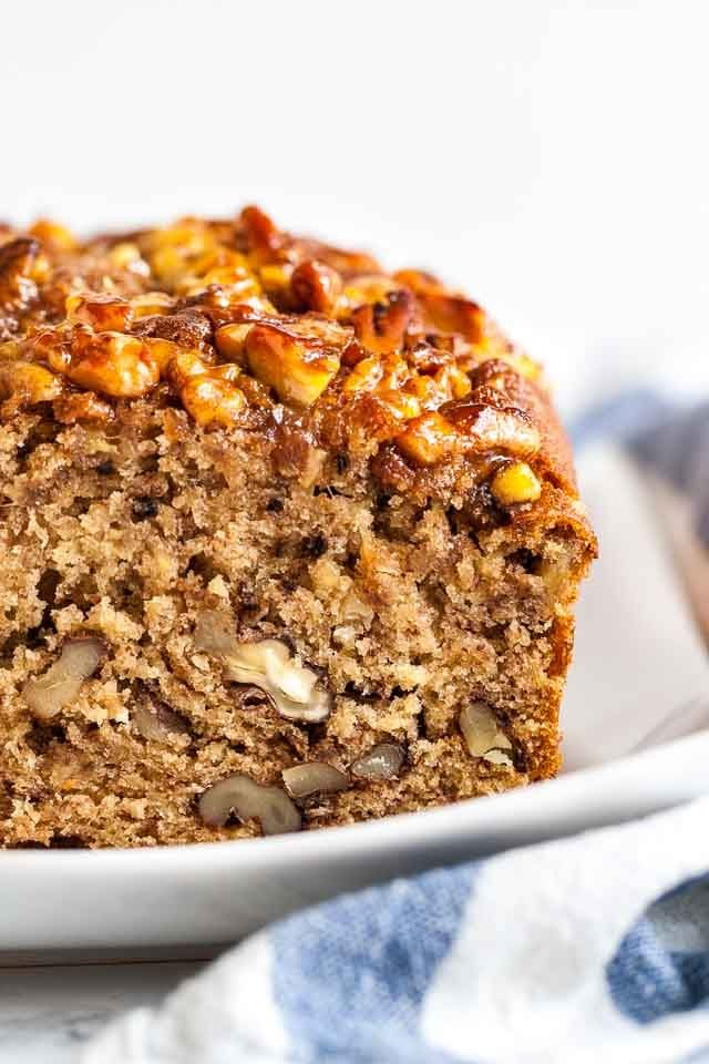 Best Banana Nut Bread Recipe With Caramelized Nut Topping