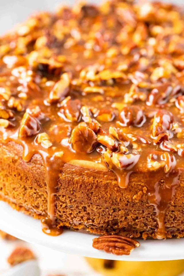 Cheesecake with Pecan Topping